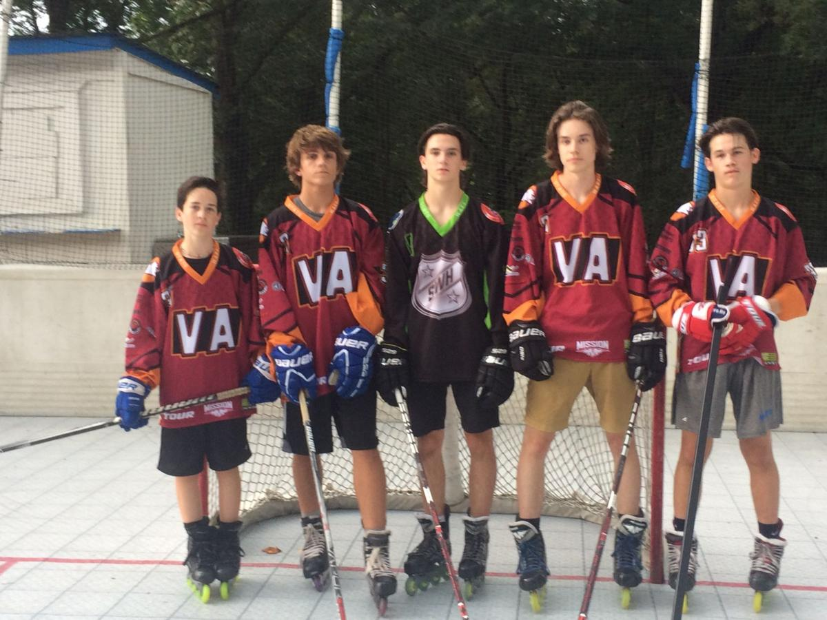 Local hockey players compete in tournament | Sports