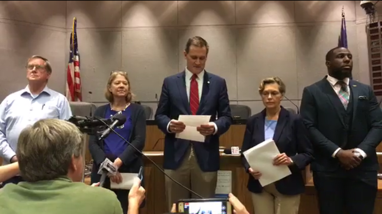 Charlottesville mayor apologizes for 'overstepping bounds'