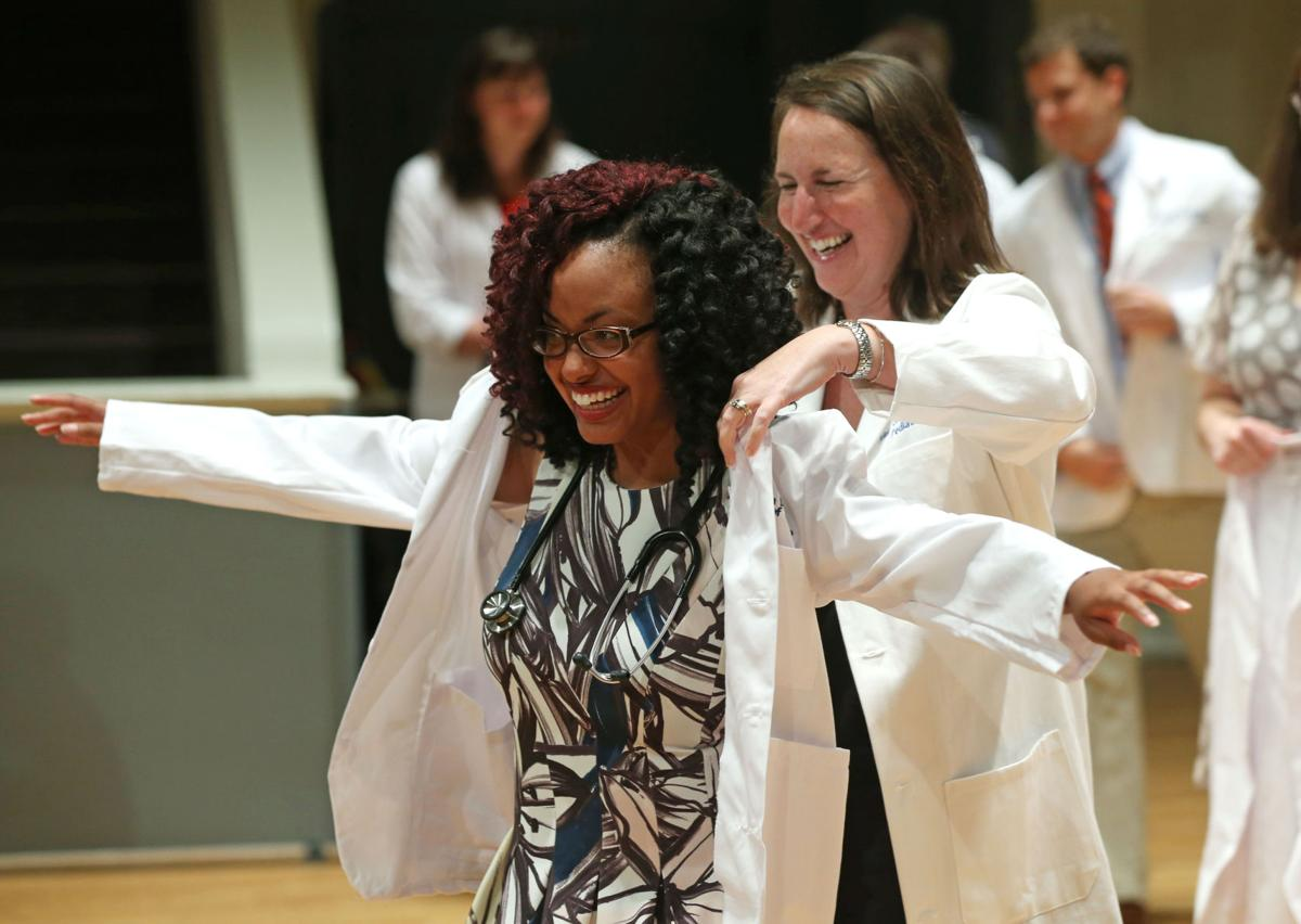 UVa Class of 2020 White Coat Ceremony | Galleries | dailyprogress.com