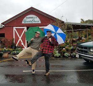 Orange's dancing farmers