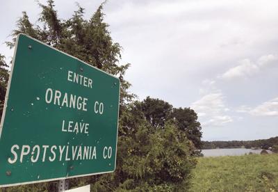 Orange-Spotsy line sign