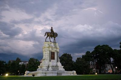 Stormy Lee monument