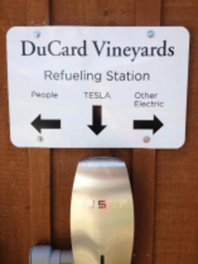 DuCard charging station