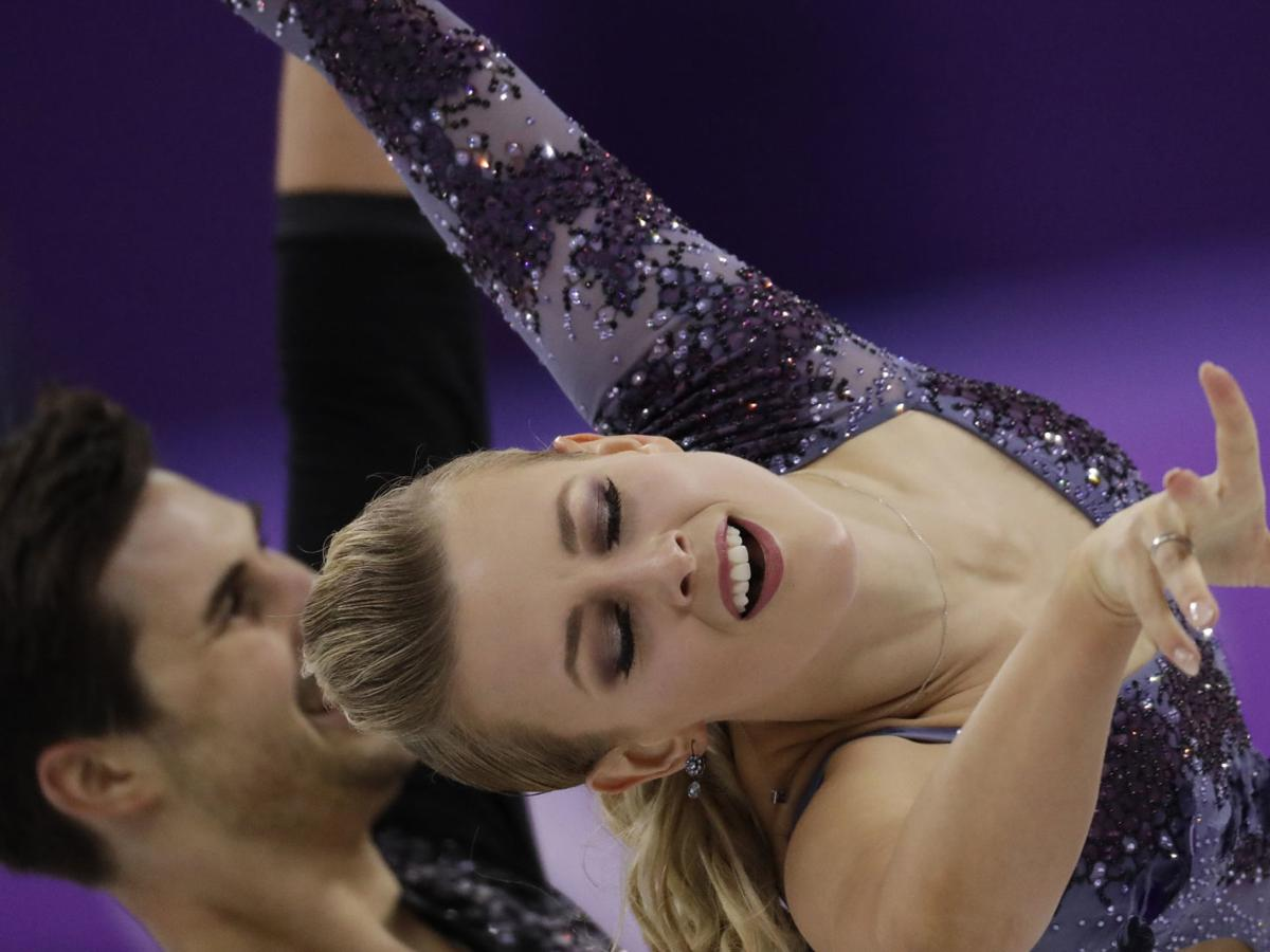 Today's top pics from the Olympics: U.S. ice dancing pairs in the hunt; U.S. women's hockey advances; and more