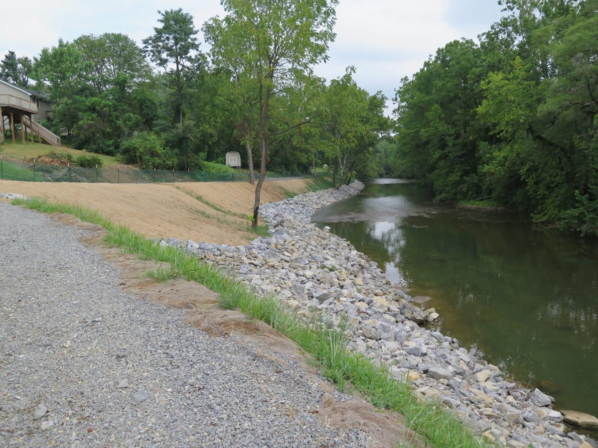 South River begins recovery from mercury contamination