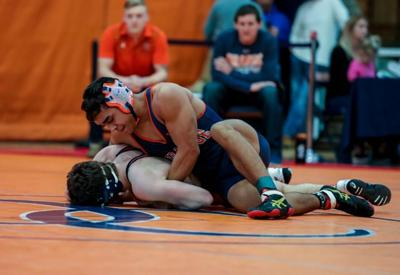 Orange wrestling: Hornets claim first district title in 10 years