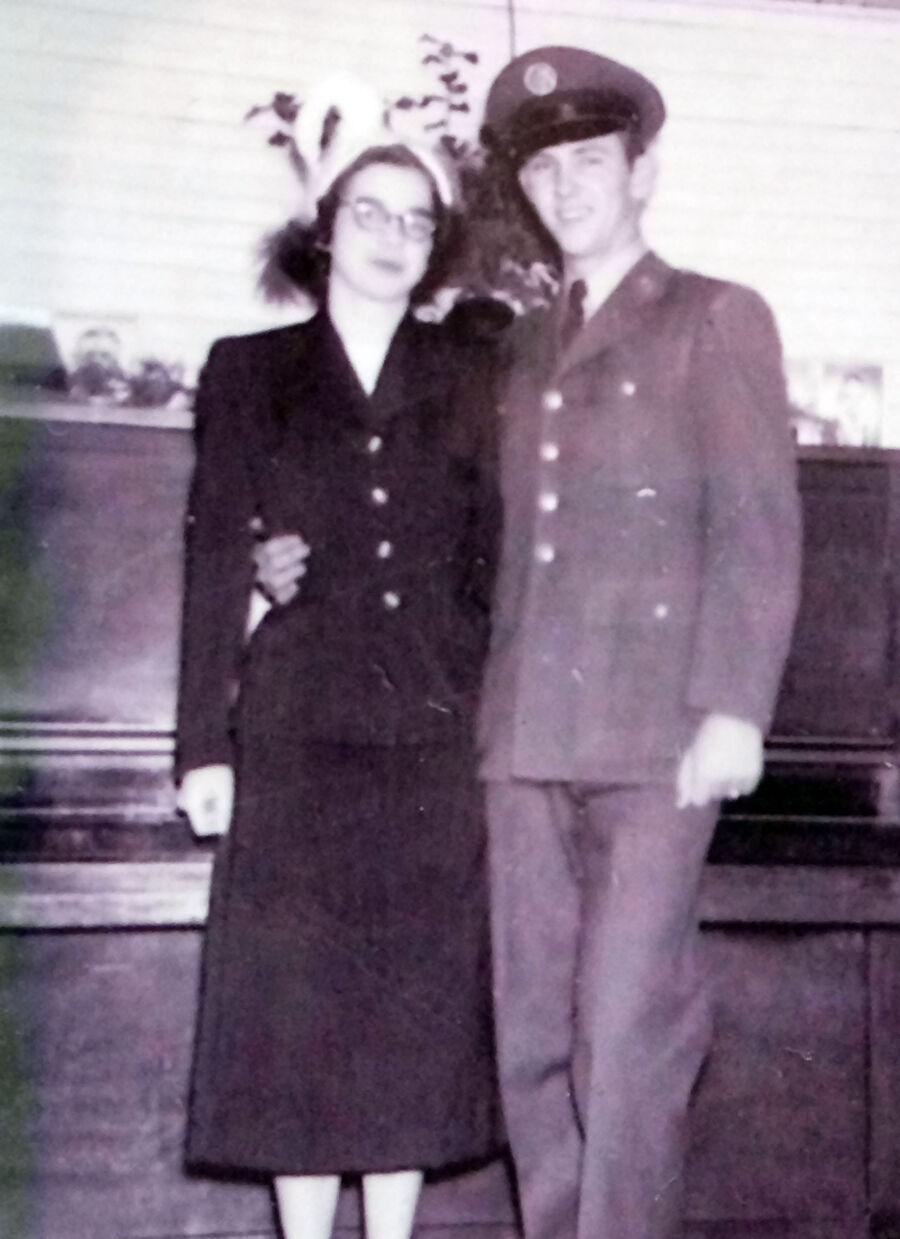 Amos couple celebrates 70 years_wedding day
