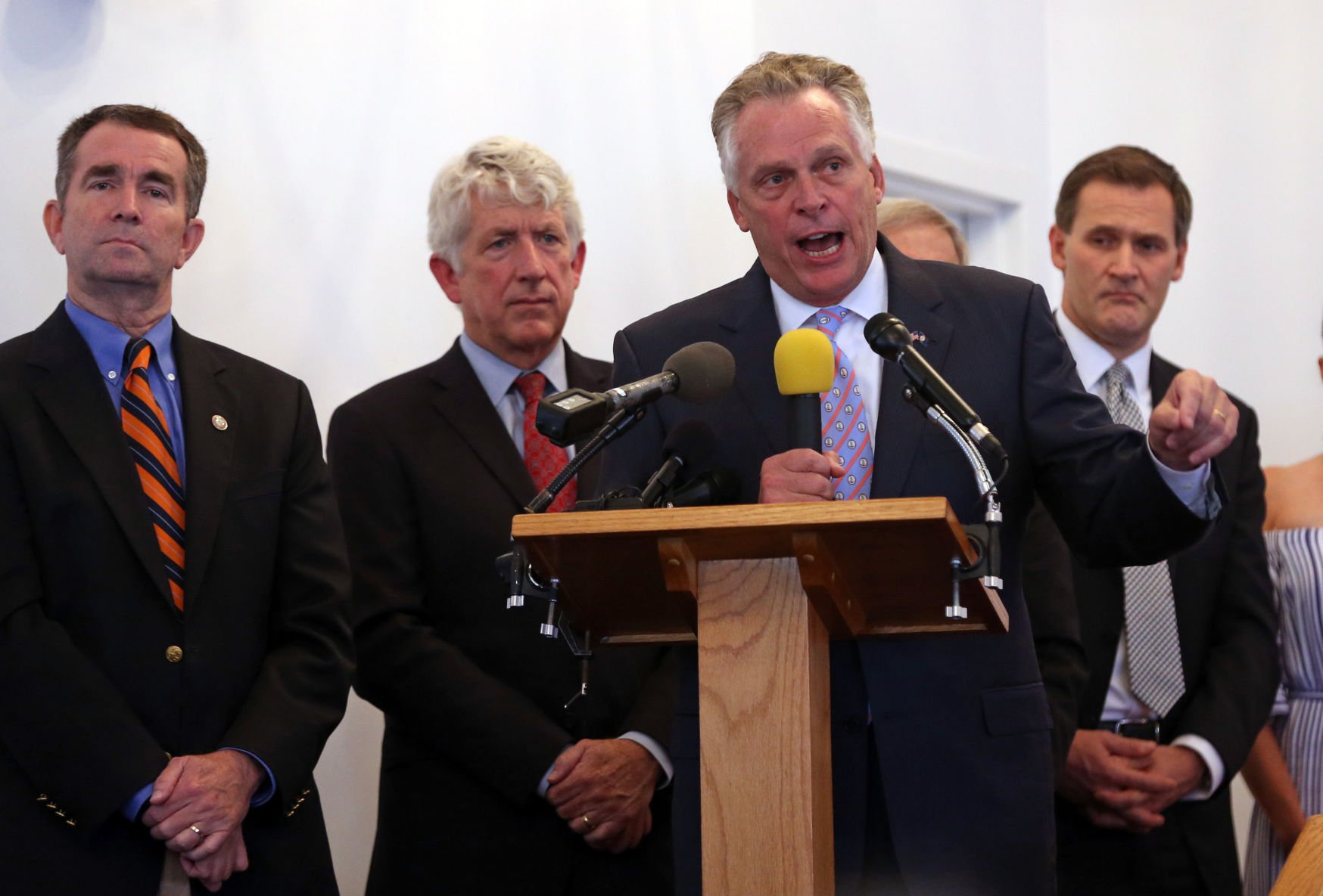 McAuliffe, others offer words of hope at local church services