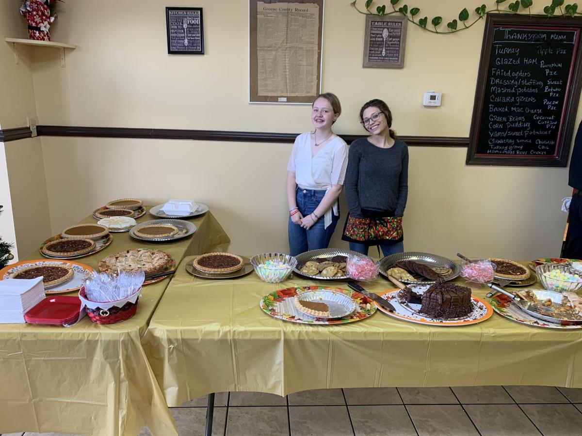 Lazy Day Cafe celebrates Thanksgiving with free meal