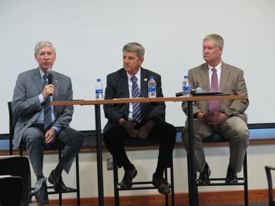 Delegates talk I-81