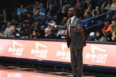 CSUF Basketball starts non-conference games next week