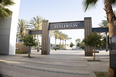 CSUF Entrance Sign