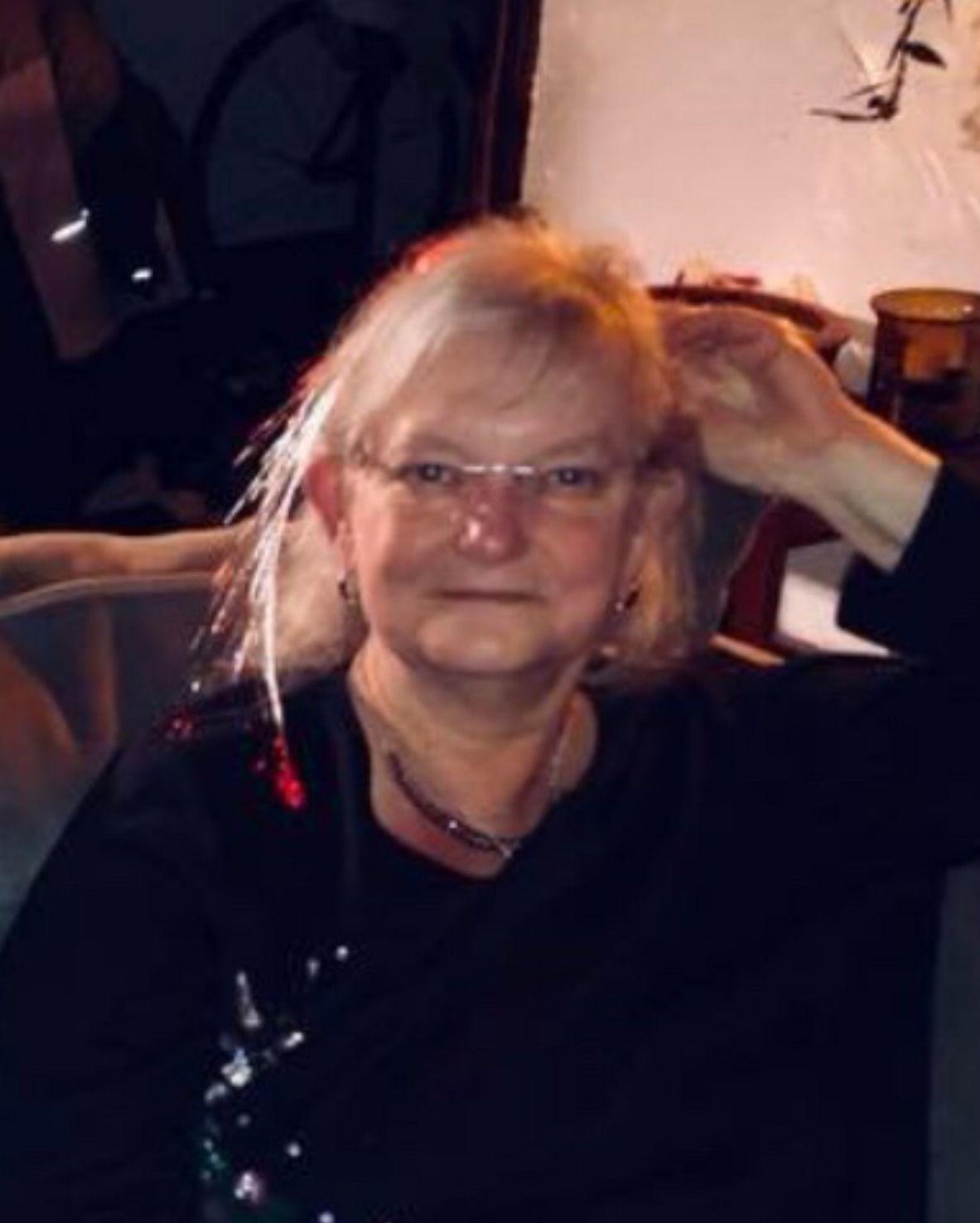 Laurie K. Murphy