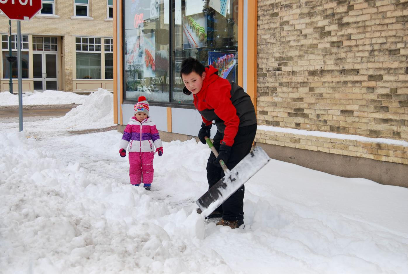 Shoveling with play breaks