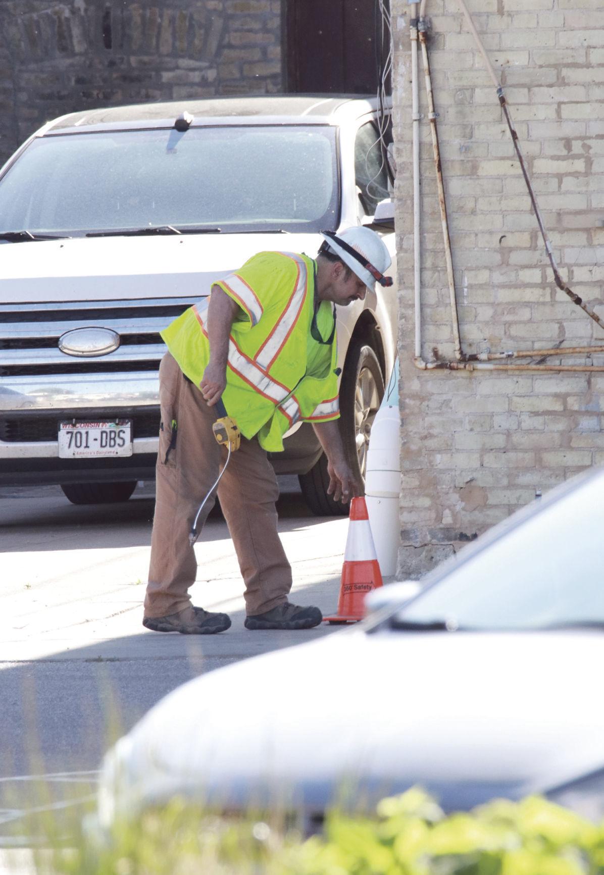 Gas leak forces evacuation in Jefferson