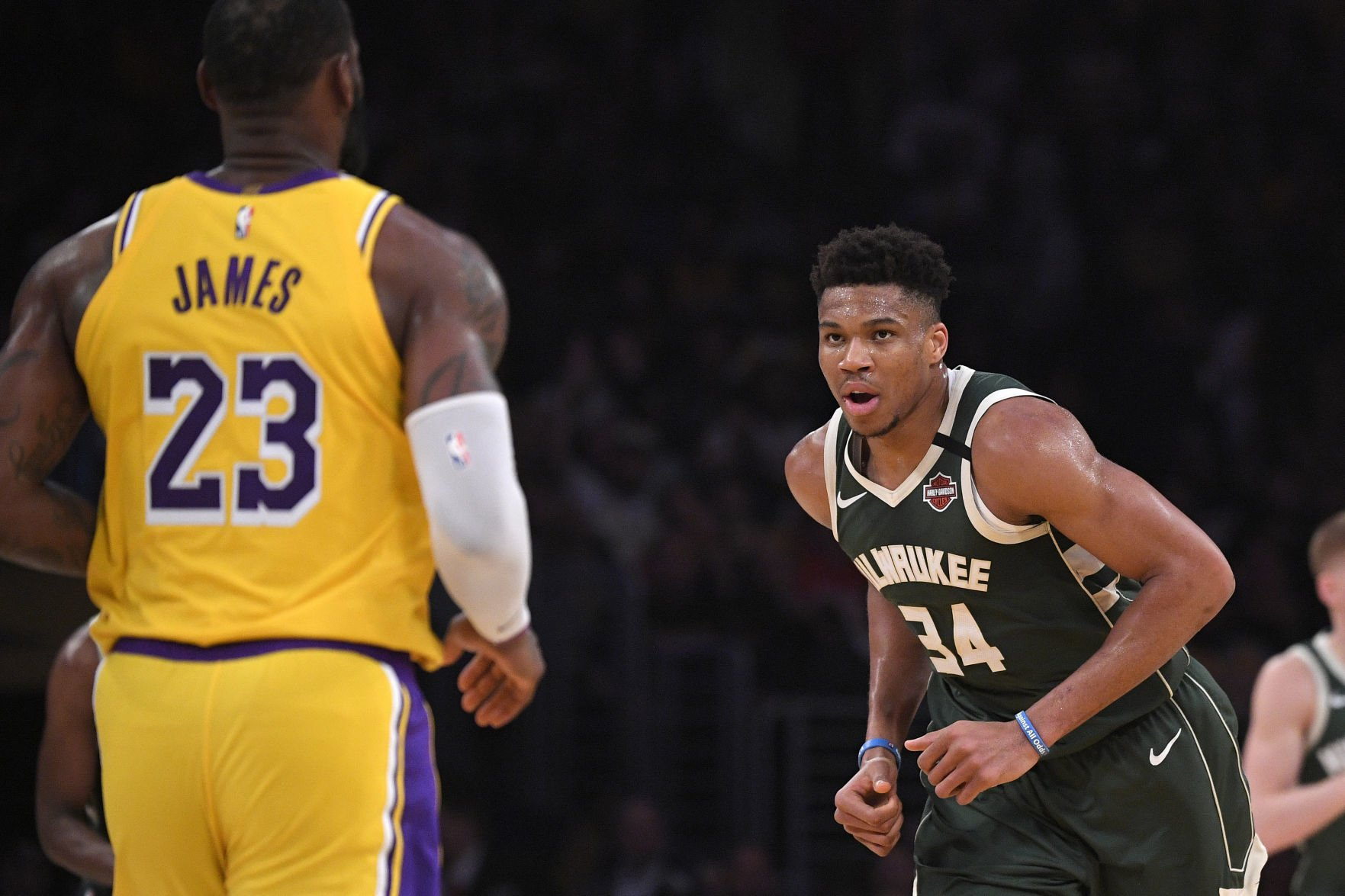 dailyunion.com - AP Photo / Mark J. Terrill - Bucks Lakers Basketball