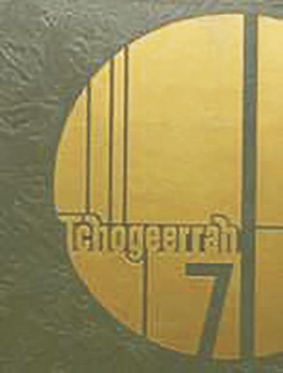 "Fort Atkinson High School Class of 1971 ""Tchogeerrah"" yearbook"