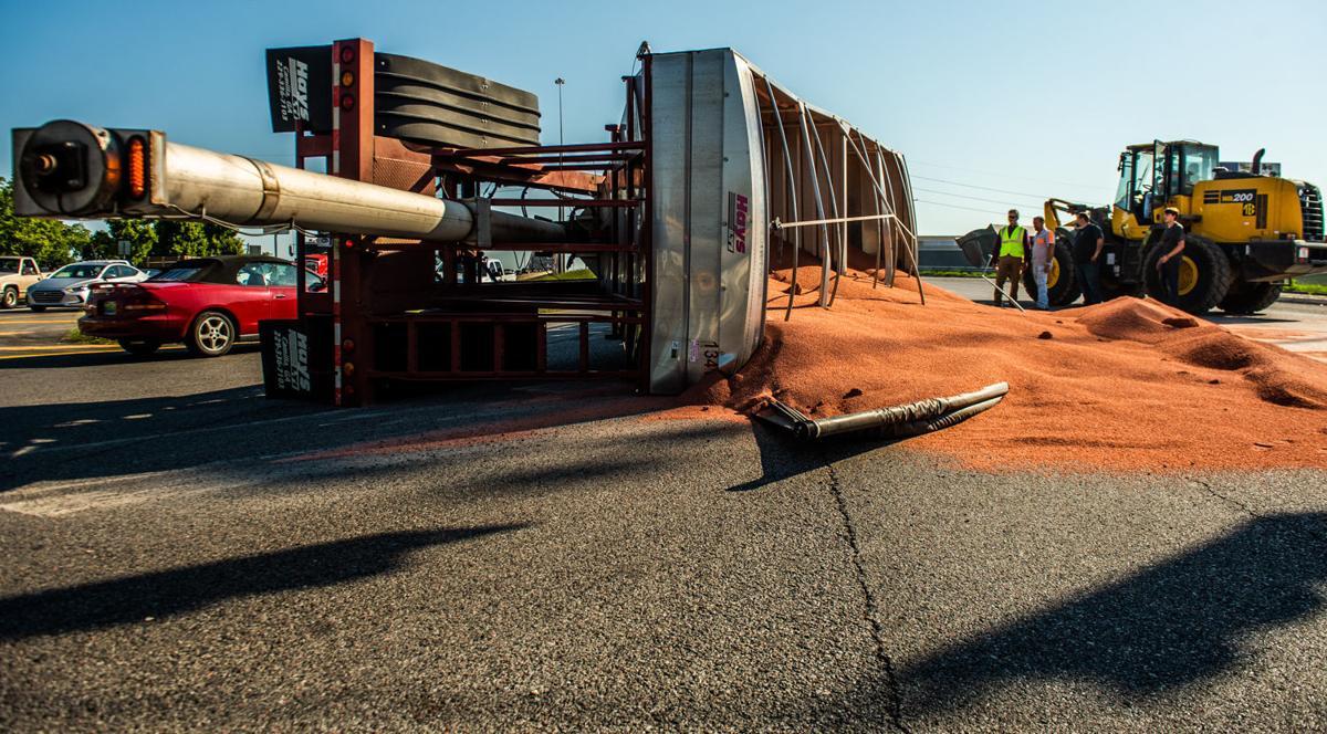 D190905 overturned truck