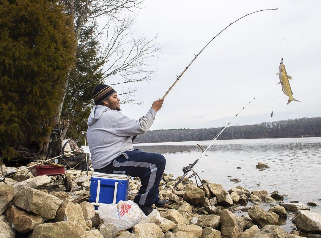 D200114 fishing standalone