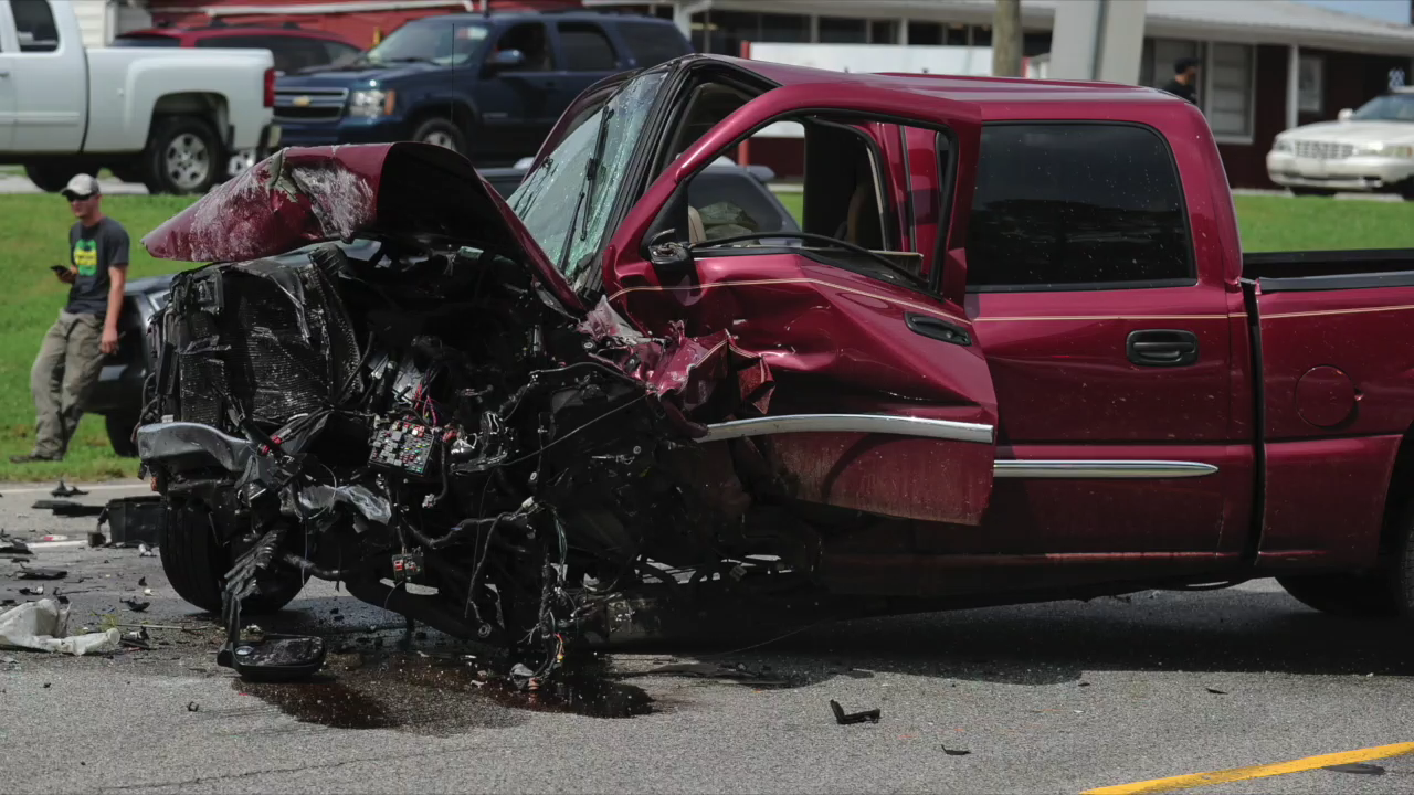 Witness account of triple wreck | News Videos | decaturdaily com