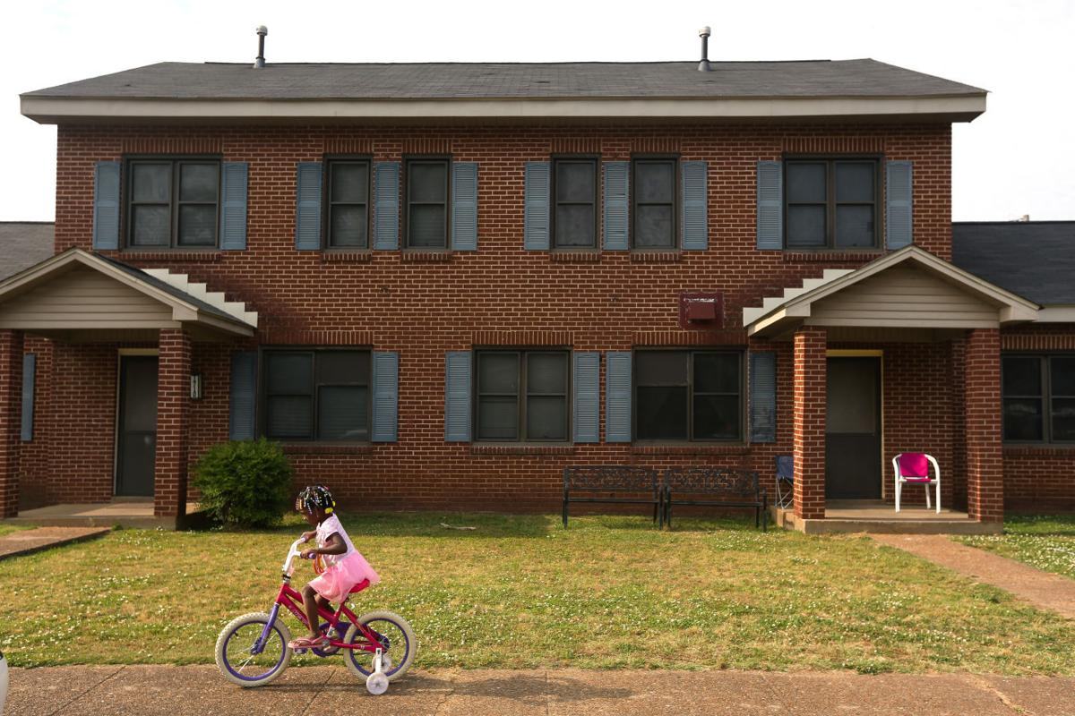 Citys Low Income Residents Face Long Waits For Housing Decatur