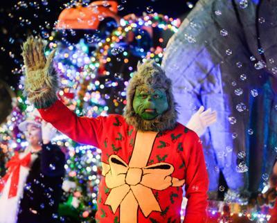 Decatur Alabama Christmas Parade 2020 Decatur's 'Christmas in Toyland' parade tonight   Decatur