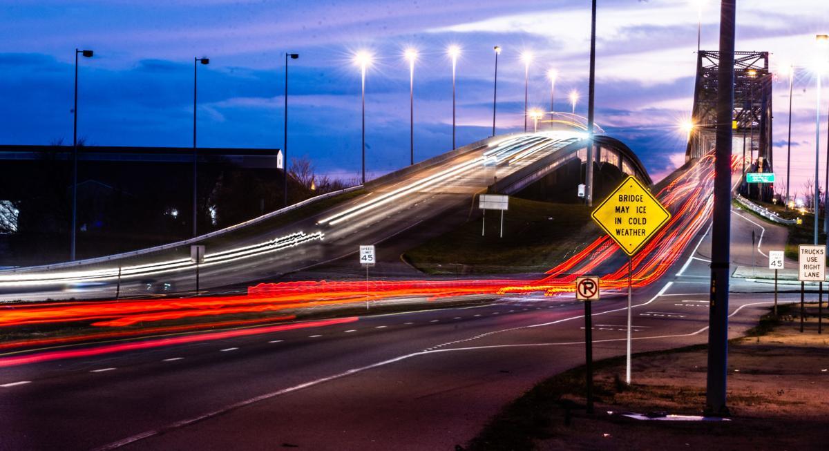 D200226 causeway lights