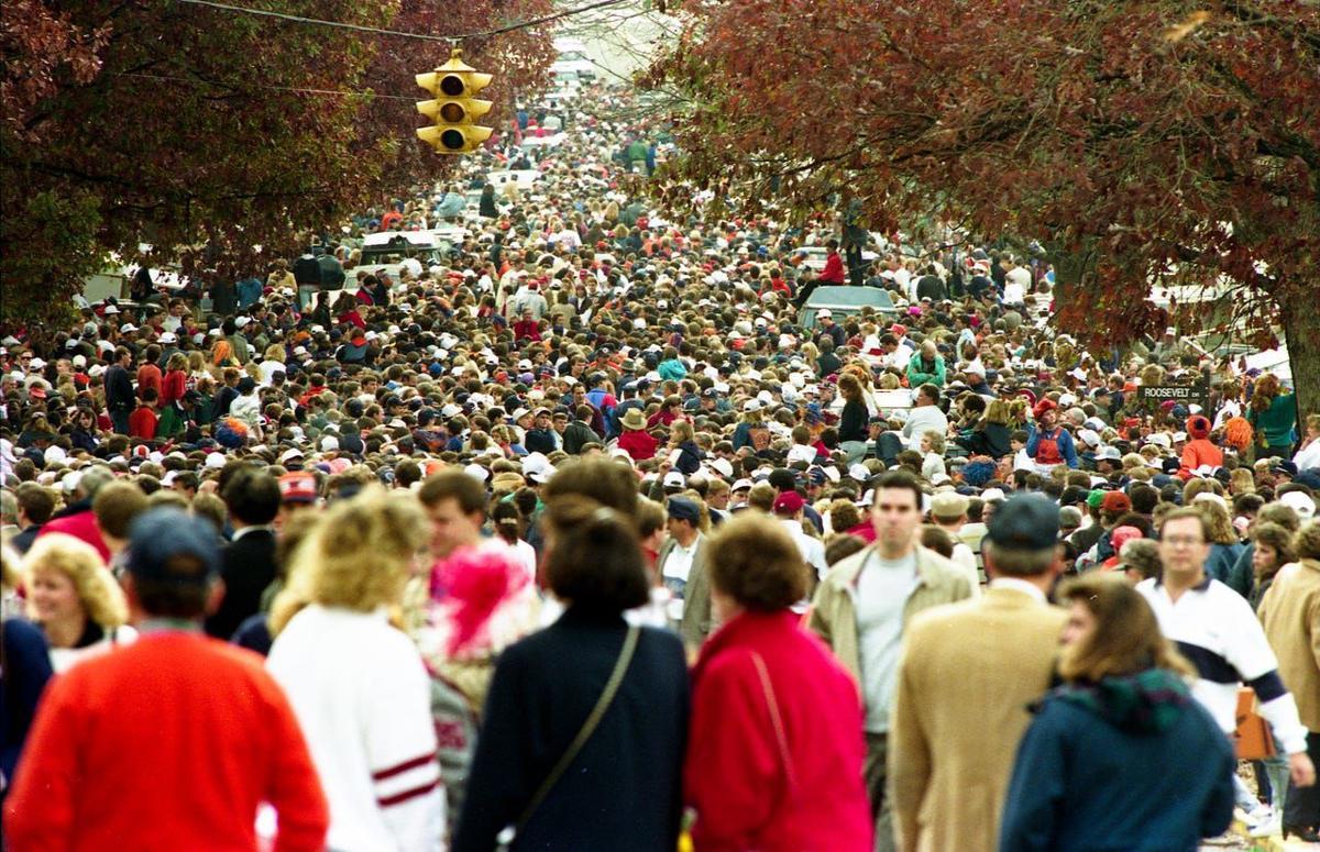 1989 Tiger Walk