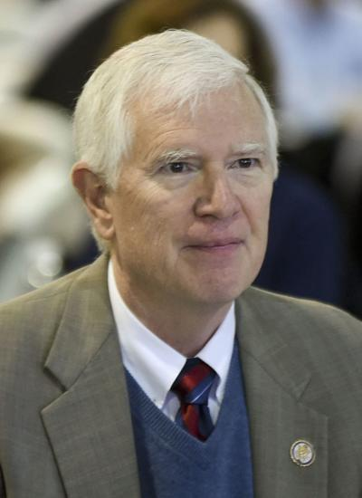 Alabama Mo Brooks Sue Over Undocumented Residents In