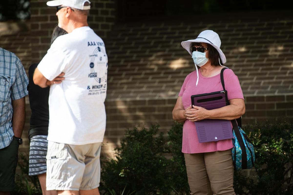 D200701 protest face masks