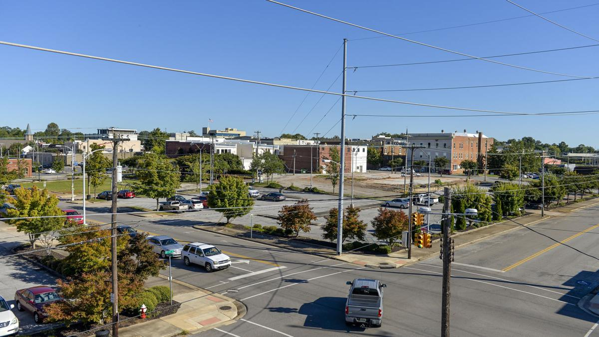 Parking deck, paid downtown parking proposed as part of hotel plan
