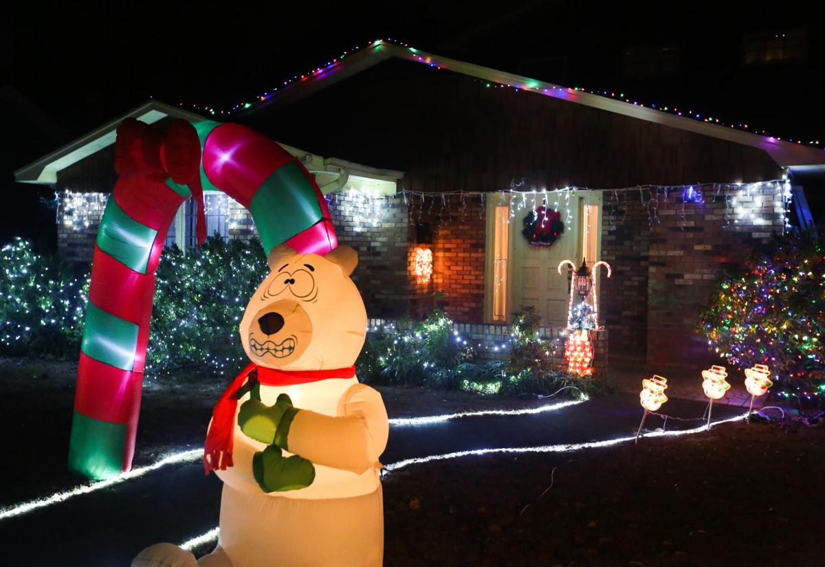 D161223 christmas lights