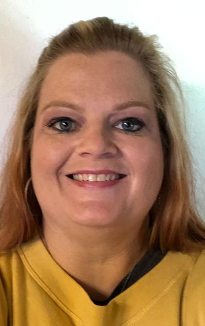 Amanda McCurry, a longtime third grade teacher at Oak Park Elementary School