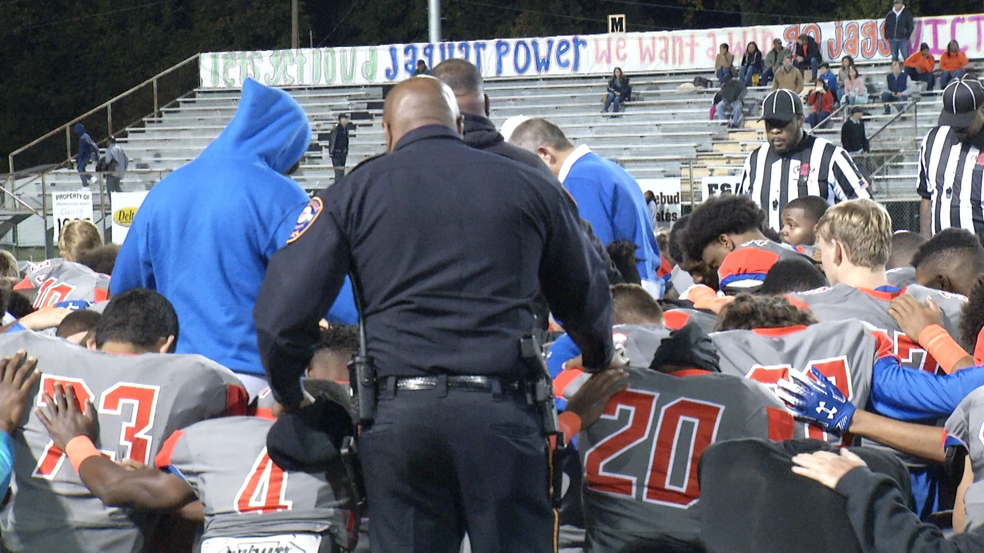 Players Pray After GHS Player is Severely Injured