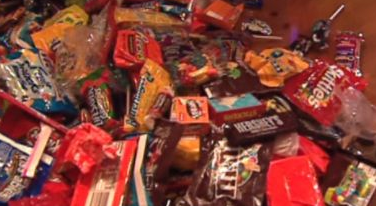 Cleveland Cancels Door-to-Door Trick-or-Treating due to Covid-19