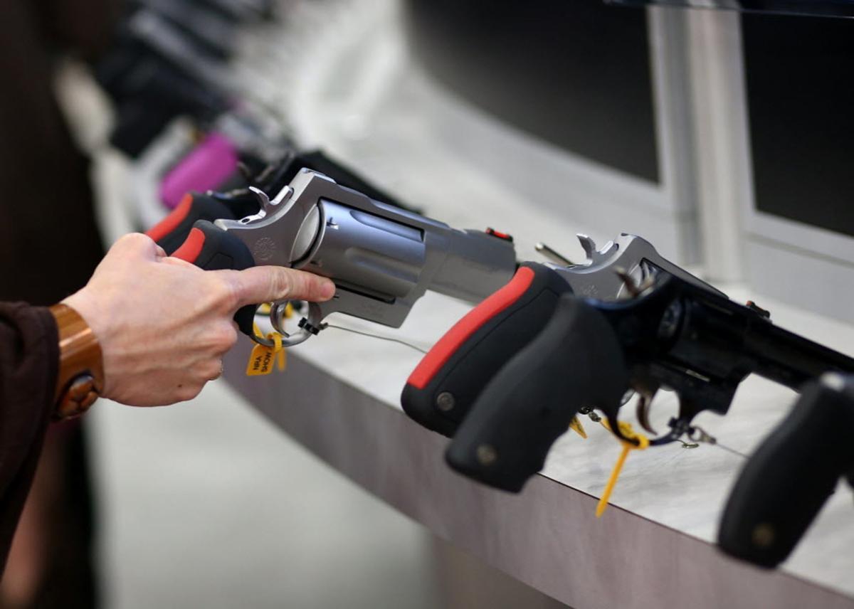 Gun show file photo