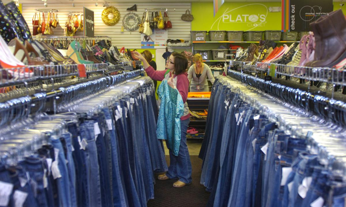Plato S Closet Moves To New Location Off I 35e Plans Grand Opening