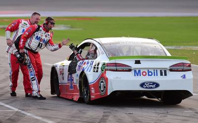 Harvick chases down Truex to win at TMS, clinch berth in finale