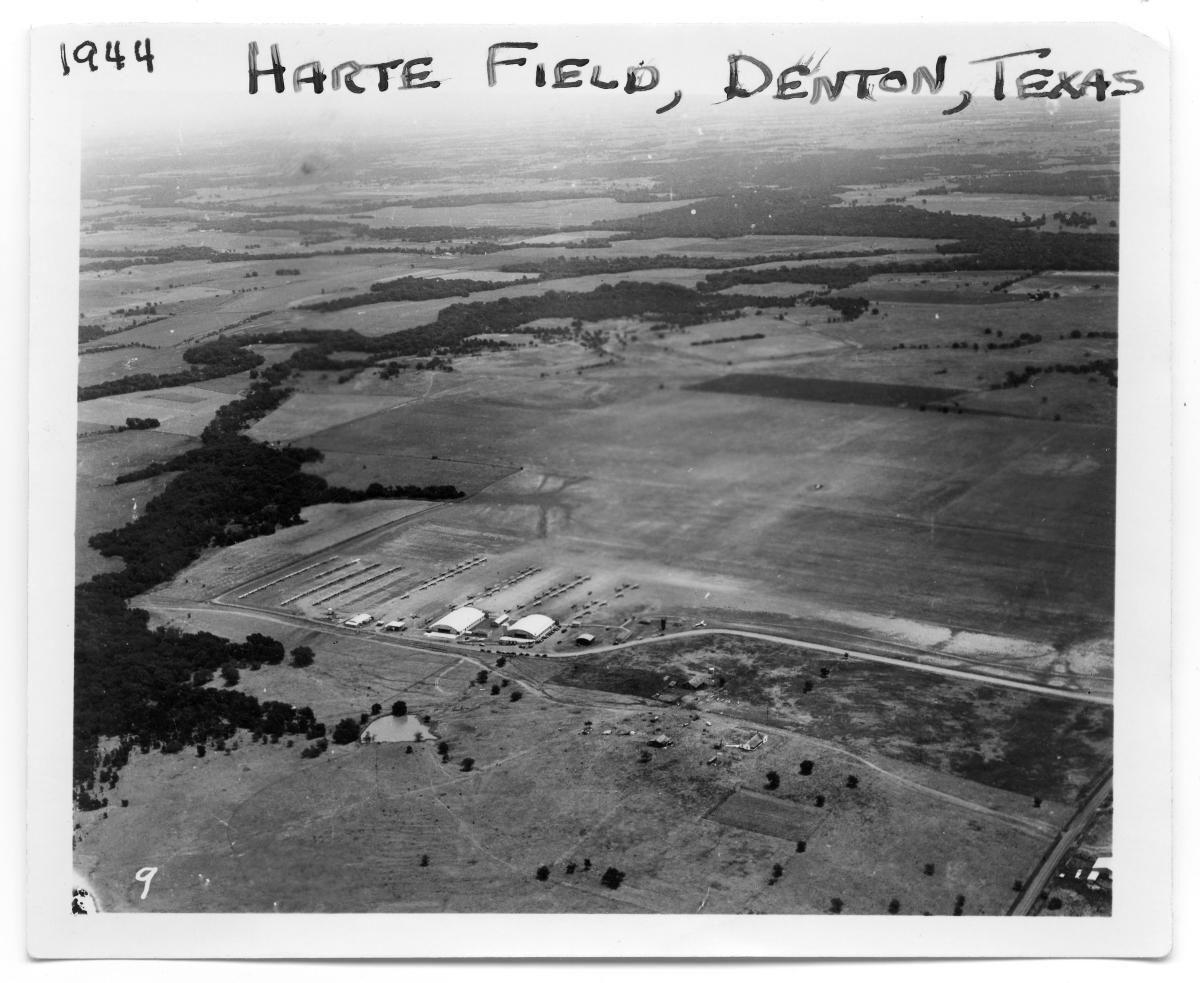 Hartlee Field