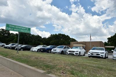 Texas panel rejects proposal to close 87 driver's license