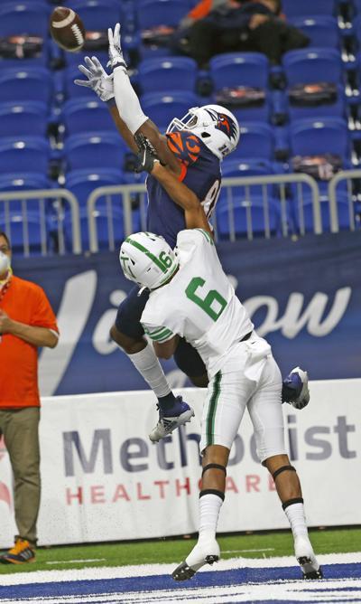 Loronzo Thompson action shot