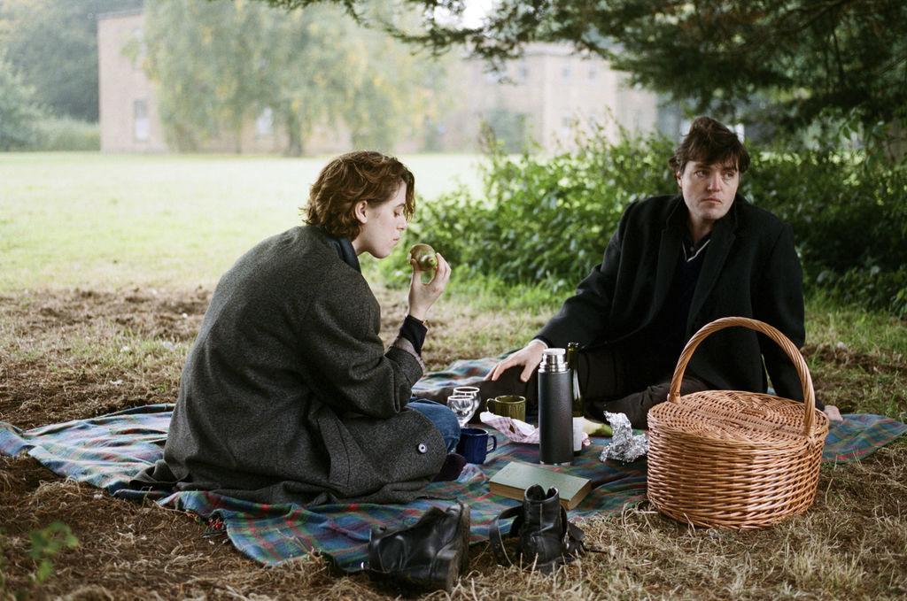 Film Review - The Souvenir