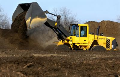 Dyno Dirt making