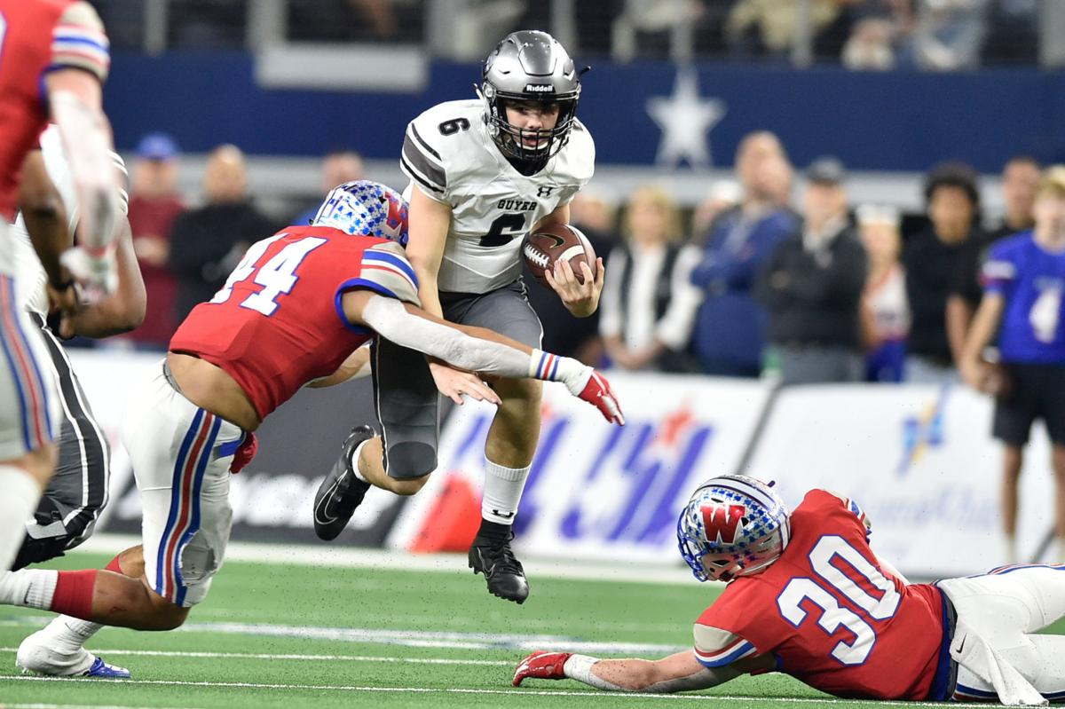 Football Guyer Freshman Makes The Most Of A Rough Situation Sports Dentonrc Com