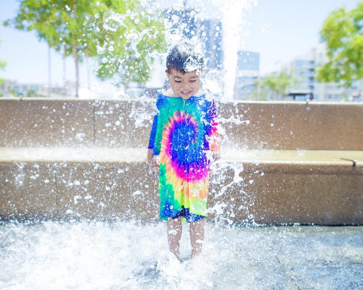 Kid splashing