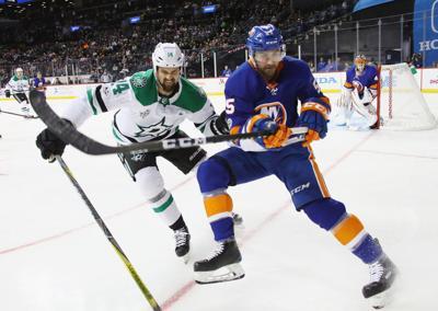 Benn tallies goal, two assists to lead Stars past Islanders