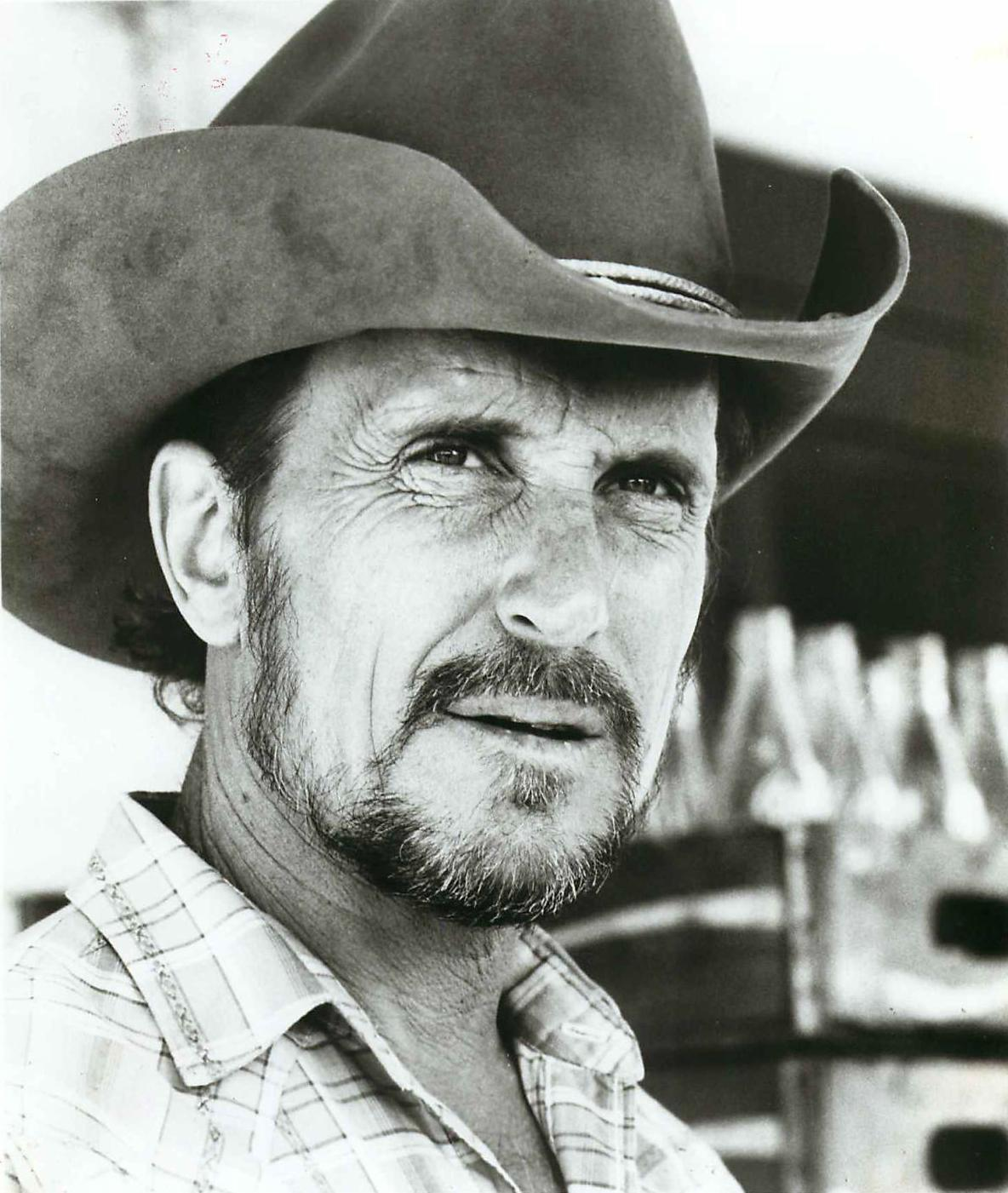 TENDER_MERCIES_ROBERT_DUVALL.jpg