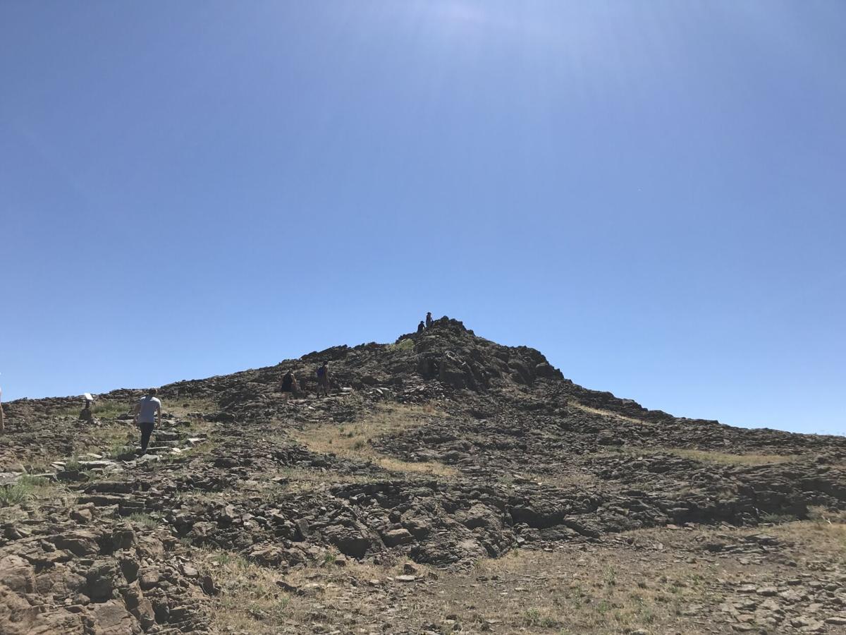 lichen peak 1.JPG