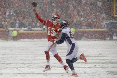 Broncos Chiefs Football (copy)