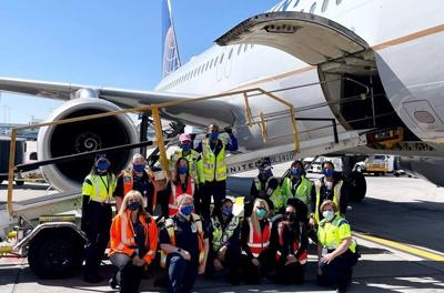 United Airlines all-female crew